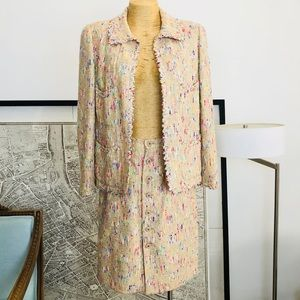 Chanel Multicolor Fantasy tweed Suit Size 42